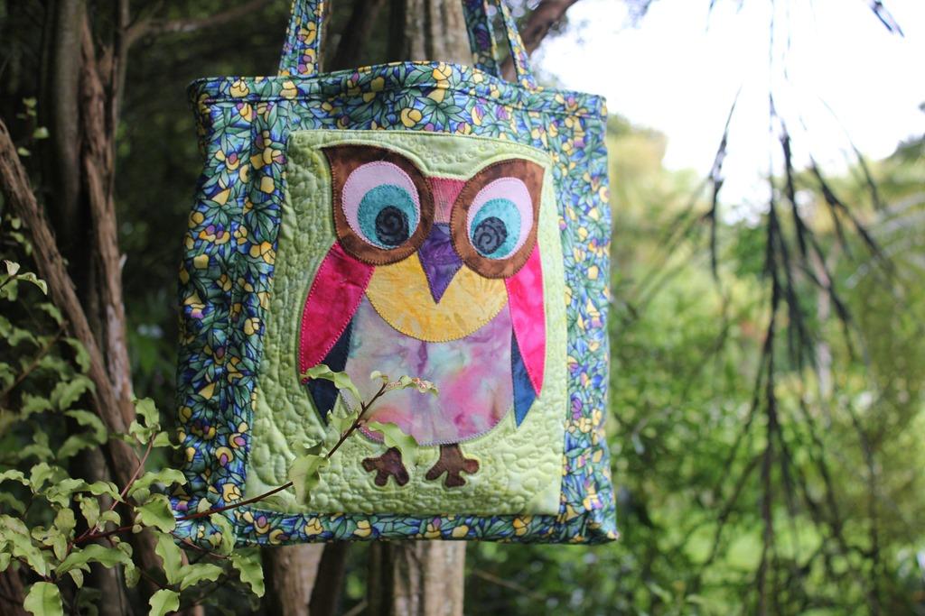 [Felicity%27s+Owl+bag]