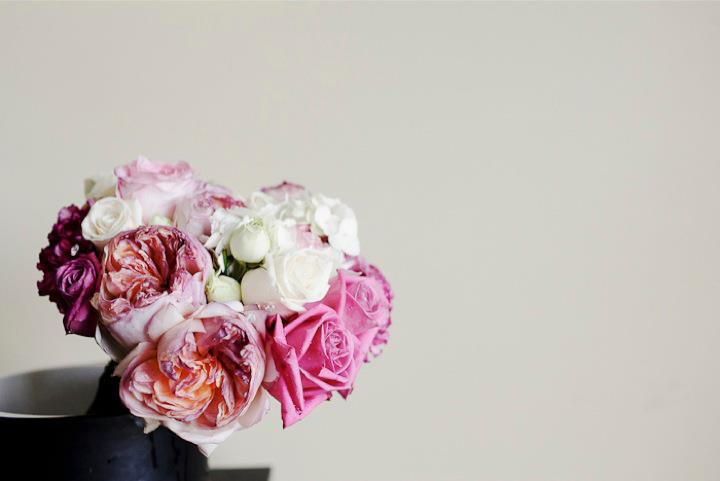 pink and white brides bouquet