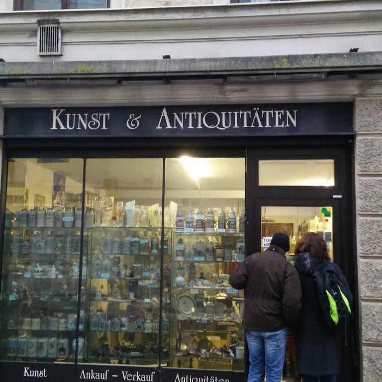 Kunst Antiquitäten Antique Store In München