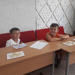 Мастер – класс «Мы любимым мамочкам делаем подарочки» (Черноморский РДК)
