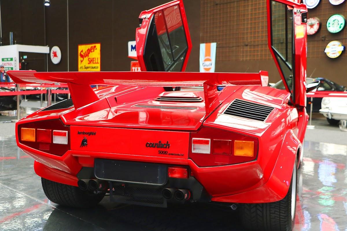 Lamborghini Countach (28).jpg