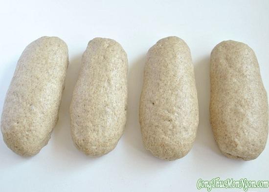 nặn bánh thành hình trụ dài