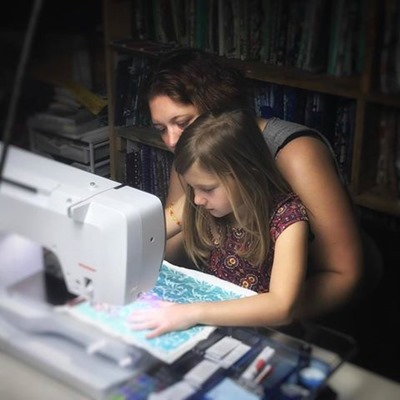 mom and pip quilting