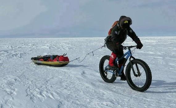 Un español se propone conquistar el Polo Sur en bicicleta