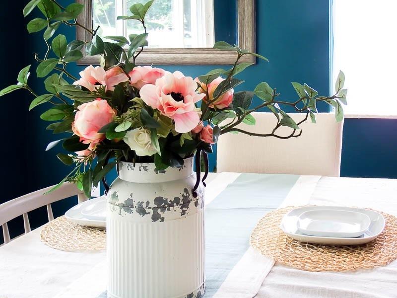 [farmhouse-vintage-milk-jug-flower-arrangement-26%5B3%5D]