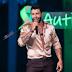 """Gusttavo Lima é criticado em rede social após cantar em live com aglomeração: """"Irresponsável"""""""