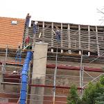 2010.07.27.-Wymiana dachu na kościele.JPG