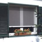 lgar-completa-su-exten-oferta-en-muebles-y-accesorios-para-el-bano-con-una-linea-de-mosquiteras-4136_image.jpg