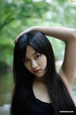 [BOMB.tv] 2010.03 Miyake Hitomi 三宅ひとみ