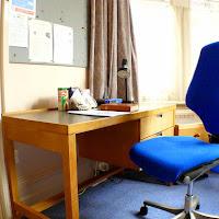 Room B-desk