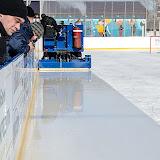 Здесь видна разница с чищенным и не чищенным льдом