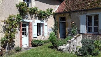 maison à Le Chautay (18)