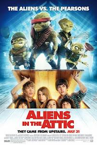 Quái Vật Trên Gác Xếp - Aliens In The Attic poster
