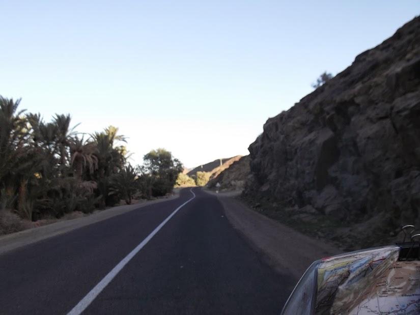 Marrocos e Mauritãnia a Queimar Pneu e Gasolina - Página 12 DSCF1386
