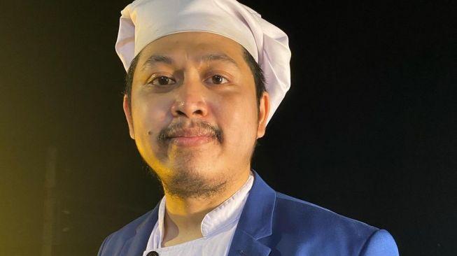 Keluhkan Ribetnya Bikin KTP Baru, Komika Tretan Muslim: Ada yang Salah Dengan Negeri Ini