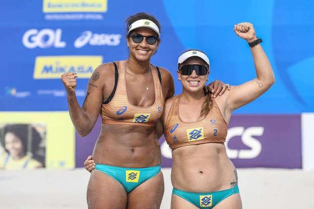 Ana Patrícia e Rebecca estreiam no vôlei de praia, brasileiras pedem atenção contra quenianas