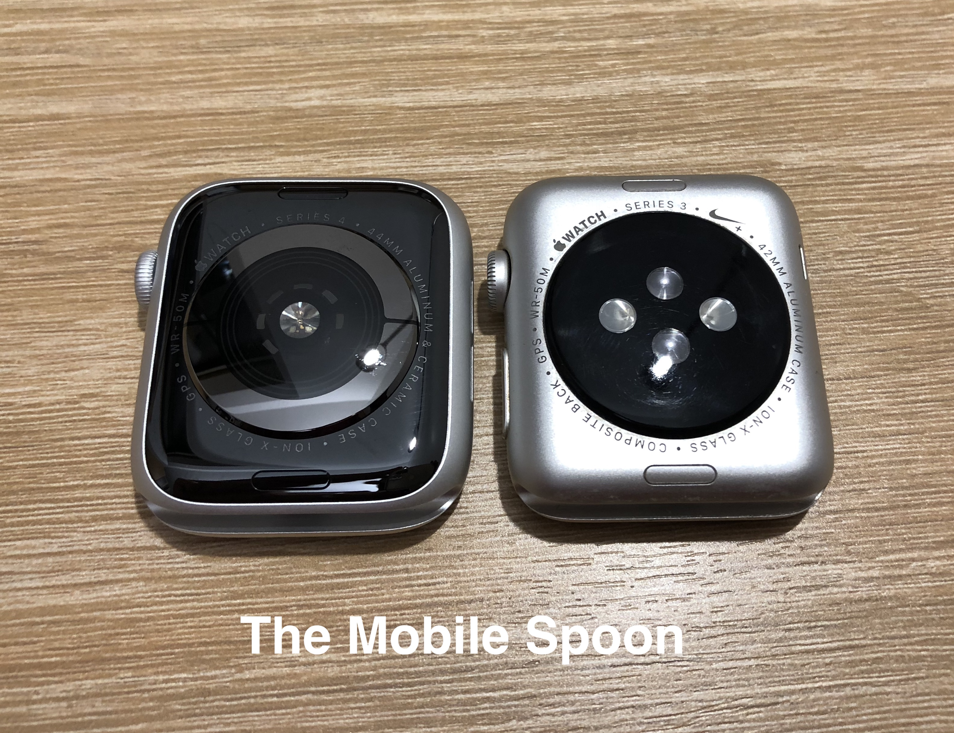Apple Watch 44mm vs. Apple Watch 42mm - side by side
