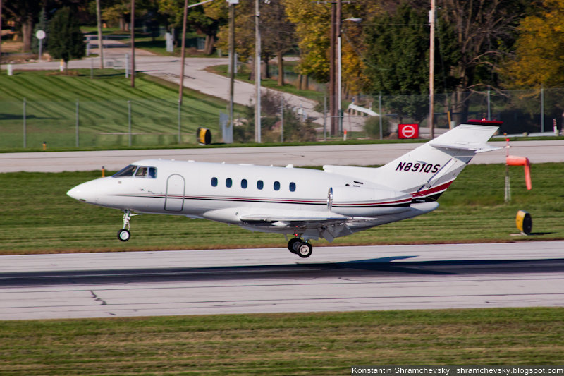 USA Ohio Columbus Raytheon Hawker 800XP NETJETS SALES INC США Огайо Коламбус