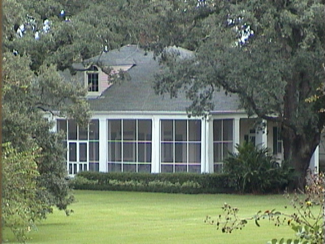1390A_Southern_Mansion_Garden_-_New_Orleans