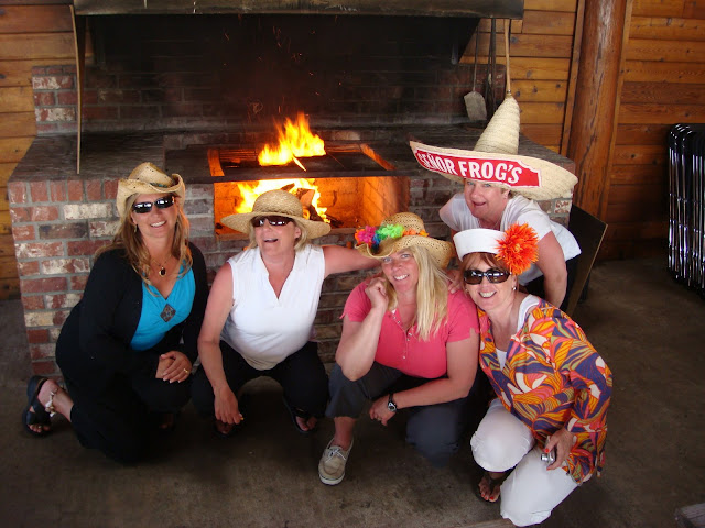 2008 Ladies Cruise - bonfire%2Bgirls.jpg