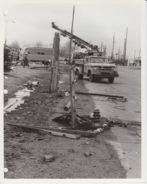 1976 Tornado photos collection - 85.tif