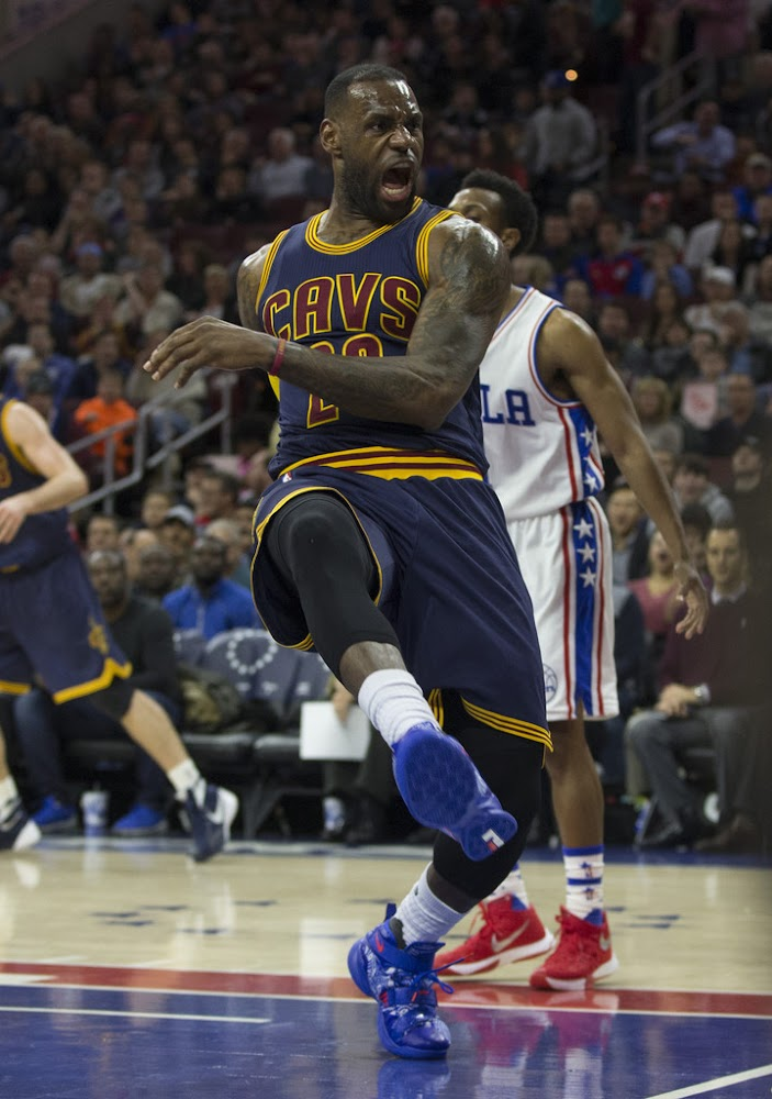 save off cd032 0a067 ... LBJ Scores 37 Debuts Freegums Nike Soldier 9s ...