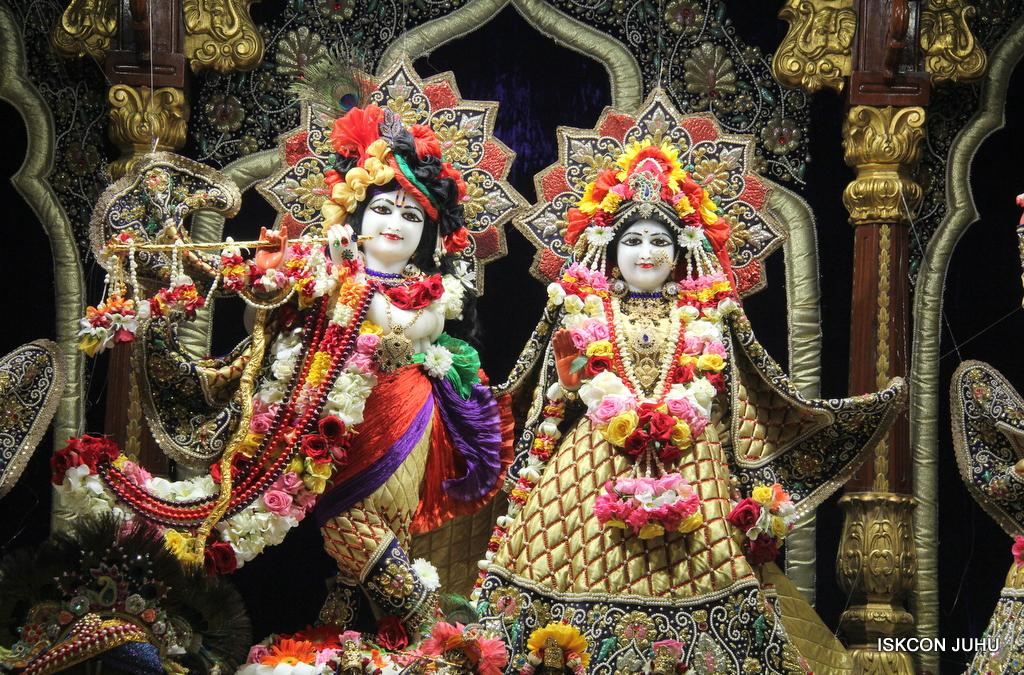 ISKCON Juhu Sringar Deity Darshan on 24th September 2016 (2)