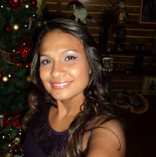 Angie Contreras