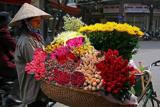 Marché aux fleurs à Hanoi