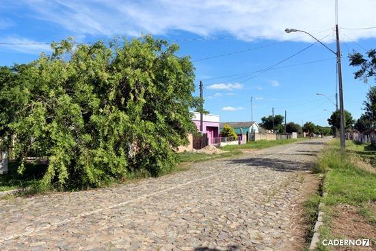 problemas rua inhatium bairro mariana 004
