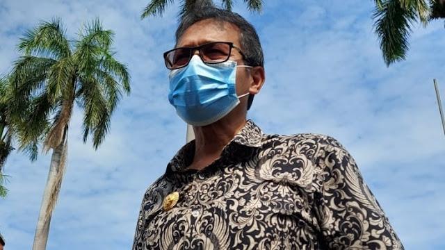Foto: Gubernur Sumbar Irwan Prayitno. Update Data Covid-19 Sumbar, Positif Baru 10 Orang dan Sembuh Bertambah 4 Orang.