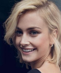 Stefanie Martini Bio, Age, Height, Weight, Dating, Boyfriend, Ethnicity, Wiki