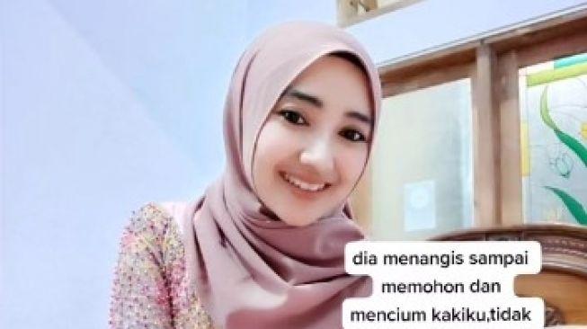 Viral! Gadis Cantik Ini Batalkan Pernikahan di Mekkah dengan Seorang Ustadz, Ini alasannya