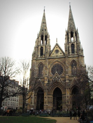 sainte-clotilde-basilica-paris-1-copyright-french-moments
