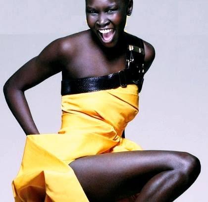 Moda, Alek Wek, super modelo internacional negra Sudán África