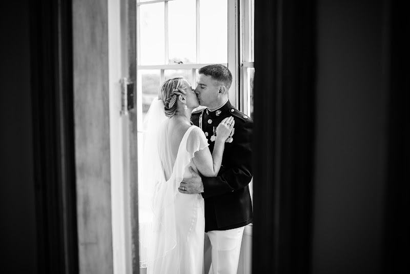 Meghan and Brendan - Blueflash Photography 256.jpg