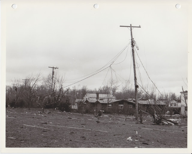 1976 Tornado photos collection - 13.tif