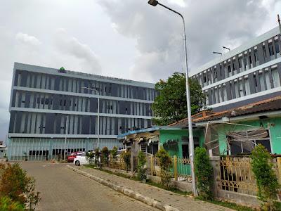 Jalan Masuk RS pelabuhan Palembang