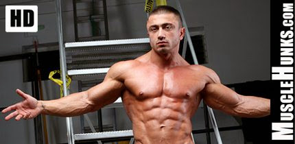 Hot Hunk Bodybuilders HD Videos