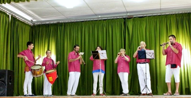 Audició Escola de Gralles i Tabals dels Castellers de Lleida a Alfés  22-06-14 - IMG_2399.JPG