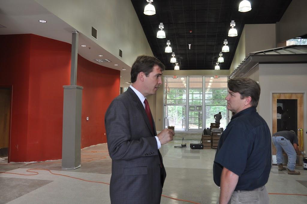 Arkansas Secretary of State Mark Martin Visits UACCH-Texarkana - DSC_0369.JPG
