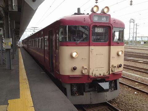 JR北海道 函館本線 711系 旧国鉄色復刻塗装