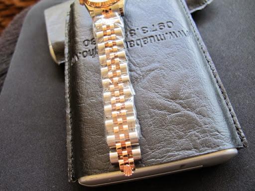Bán đồng hồ rolex datejust nữ – đè mi vàng hồng – mặt vi tính xoàn – size 26mm