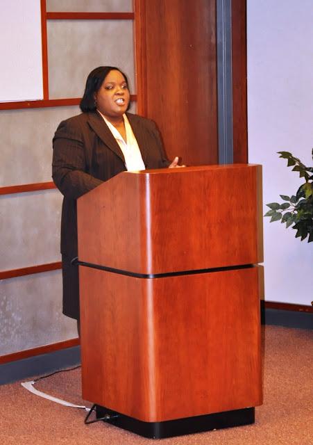 Nov. 2010: Work/Life Balance w/Angela Montgomery - DSC_3910%2B%25282%2529.JPG
