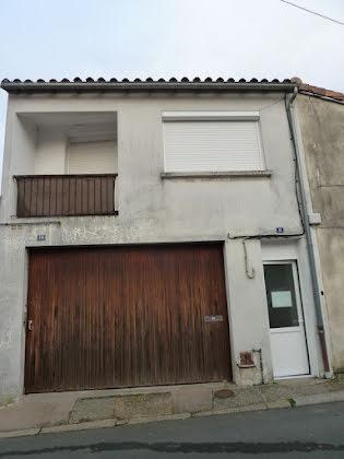 Vente maison 10 pièces 217 m2