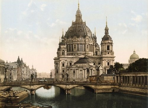 Frederick Bridge and Berlins cathedral