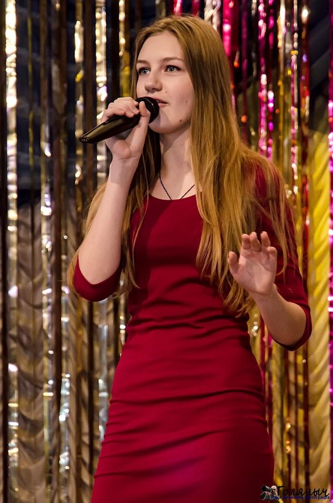 У юной певицы Колмыковой учитель - Ольга Данилова