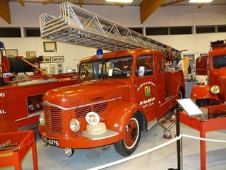 2016.04.29-036 autopompe porteur d'échelle Laffly 1951