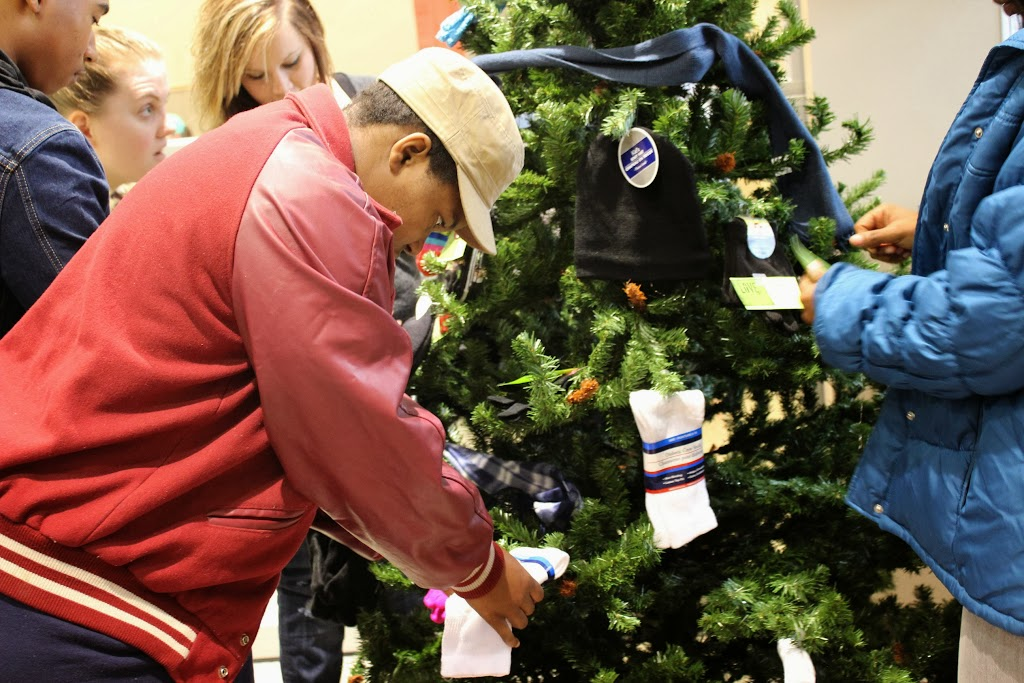 UACCH-Texarkana Christmas Crusade 2013 - IMG_0268.JPG