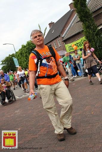 Vierdaagse van Nijmegen door Cuijk 20-07-2012 (69).JPG